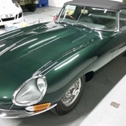Jaguar_E-type.